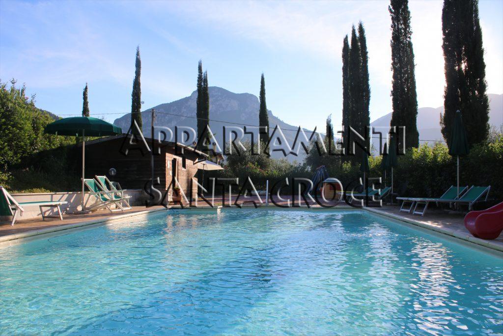 piscina appartamenti santa croce umbria